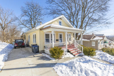 Waukesha Single Family Home Active Contingent With Offer: 413 Fairview Ave