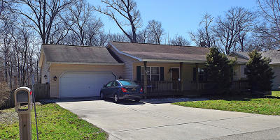 Lake Geneva Single Family Home Active Contingent With Offer: W3647 Woodland Dr
