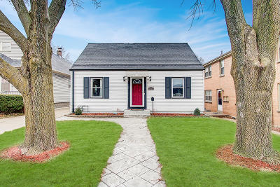 Milwaukee Single Family Home Active Contingent With Offer: 3415 S Howell Ave