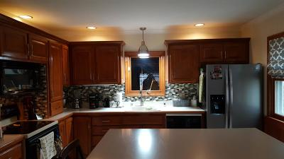 West Allis Single Family Home For Sale: 2210 S 107th St
