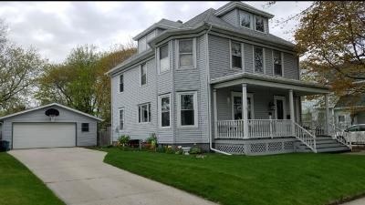 Sheboygan Single Family Home Active Contingent With Offer: 1810 N 9th St