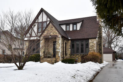Shorewood Single Family Home For Sale: 4061 N Farwell Ave