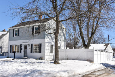 Single Family Home Active Contingent With Offer: 3242 N 90th St
