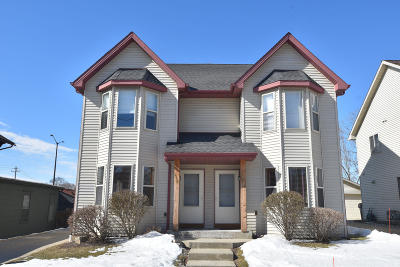 Milwaukee WI Condo/Townhouse Active Contingent With Offer: $175,000