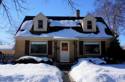 Cedarburg Single Family Home Active Contingent With Offer: N81w6755 Fair St