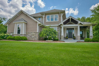 Mukwonago Single Family Home For Sale: W328s8845 S Oak Tree Dr