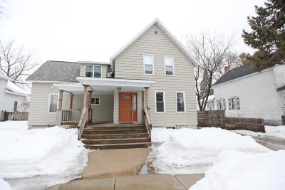 Marinette Single Family Home For Sale: 1521 Oakes
