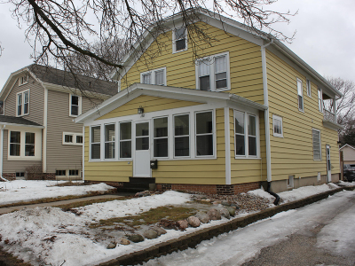 Plymouth Single Family Home For Sale: 128 S Milwaukee St