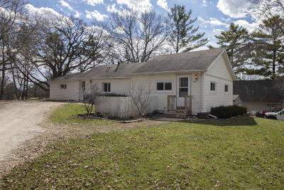 Waterford Single Family Home For Sale: 4440 Sunset Dr