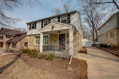 Single Family Home Active Contingent With Offer: 184 N 88th St