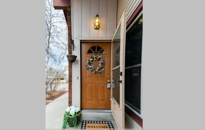 Germantown Condo/Townhouse Active Contingent With Offer: W156n10504 Jefferson Ln