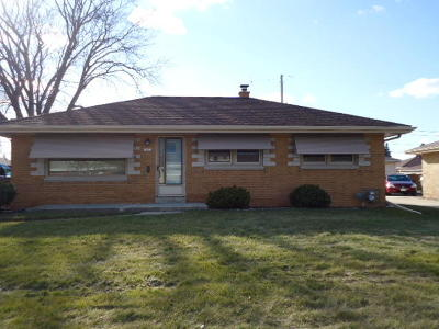 Greenfield Single Family Home For Sale: 4445 S 64th St