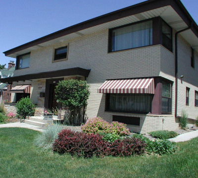 Wauwatosa Multi Family Home For Sale: 6100 W Vliet St