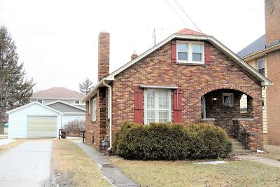 Kenosha Single Family Home Active Contingent With Offer: 3820 6th Ave