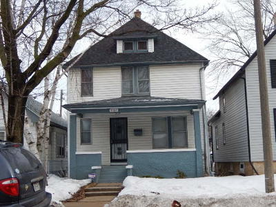 Milwaukee Single Family Home For Sale: 5366 N 35th St