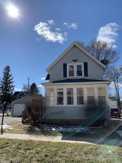 Oconomowoc Single Family Home Active Contingent With Offer: 113 W 3rd St
