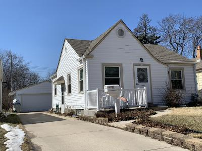 Milwaukee Single Family Home Active Contingent With Offer: 3163 S 55th St