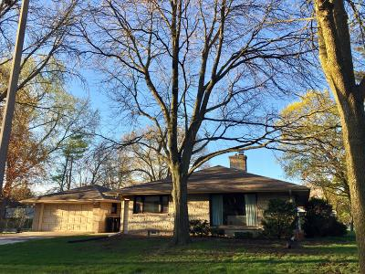 Single Family Home For Sale: 1674 N 118th St