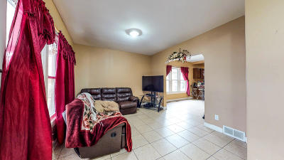 Single Family Home For Sale: 2811 S 10th St.