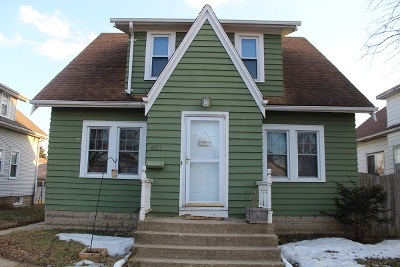 Single Family Home For Sale: 621 Marshall Ave