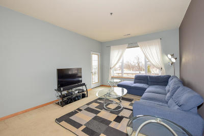 Wauwatosa Condo/Townhouse Active Contingent With Offer: 10900 W Bluemound Rd #312