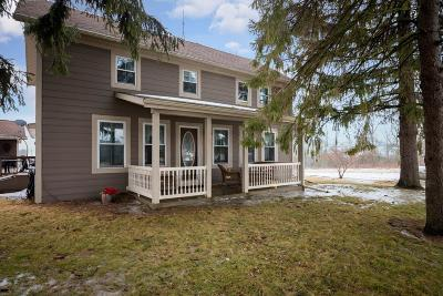 West Bend Single Family Home Active Contingent With Offer: 5323 Beaver Dam Rd