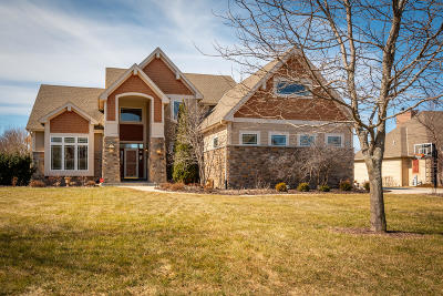 Menomonee Falls Single Family Home Active Contingent With Offer: W218n5455 Taylors Woods Dr