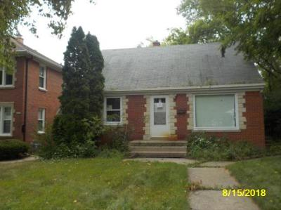 Single Family Home For Sale: 4314 N 64th St