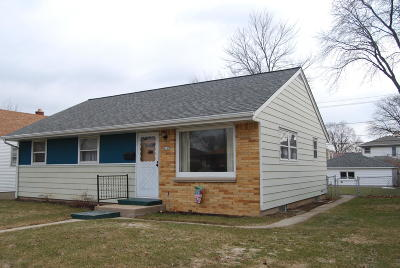 Single Family Home For Sale: 4160 N 69th St