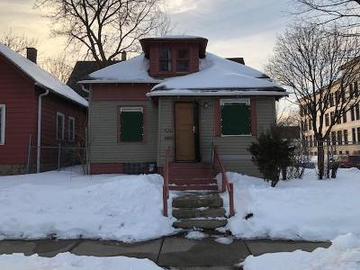 Single Family Home For Sale: 2577 N 28th St