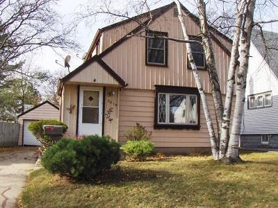 Single Family Home For Sale: 5819 N 37th St