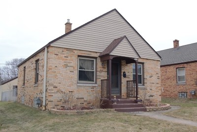 Milwaukee County Single Family Home For Sale: 3030 S 40th St