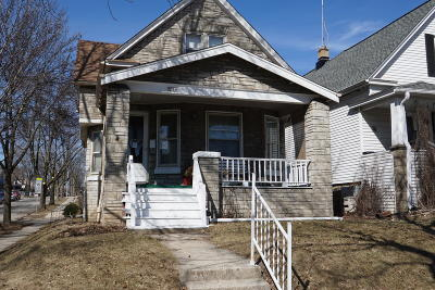 Milwaukee County Single Family Home For Sale: 3234 W Lapham St