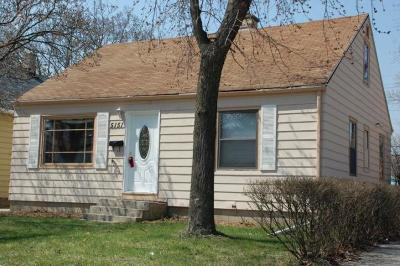 Milwaukee County Single Family Home For Sale: 5151 N 58th