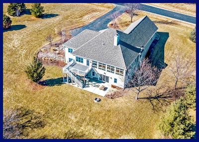 Hartland Single Family Home Active Contingent With Offer: N87w27445 Perennial Ter