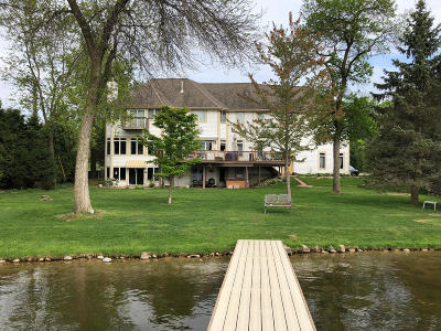 Nashotah Single Family Home Active Contingent With Offer: W340n4811 Road O