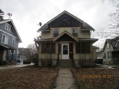 Hartford Single Family Home For Sale: 417 Grand Ave