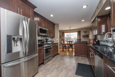 Milwaukee County Single Family Home For Sale: 5034 Spruce Ct