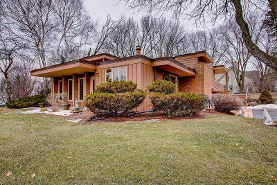 Menomonee Falls Single Family Home For Sale: W180n5178 Marcy Rd