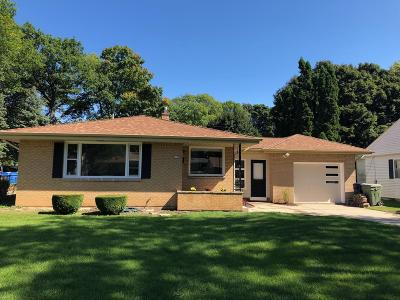 Milwaukee Single Family Home For Sale: 3750 N 83rd St