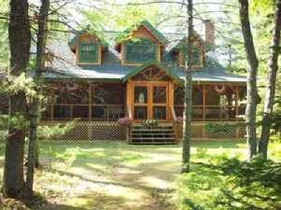 Marinette County Single Family Home For Sale: N10578 Caylor Rd