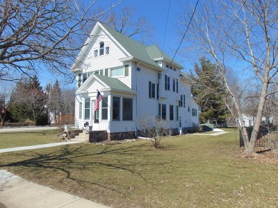 Mukwonago Single Family Home Active Contingent With Offer: 102 Pearl Ave