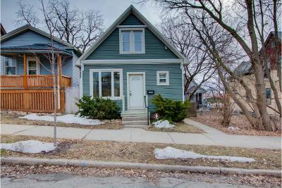 Milwaukee Single Family Home For Sale: 2222 N Weil St