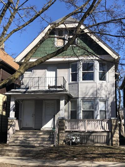 Milwaukee Two Family Home For Sale: 252 E Keefe #254