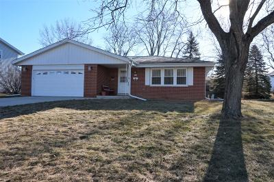 Single Family Home For Sale: 6114 Thorncrest Dr