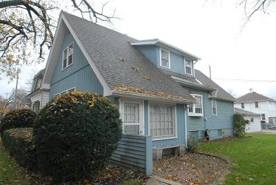 Single Family Home For Sale: 1051 Glenview Ave