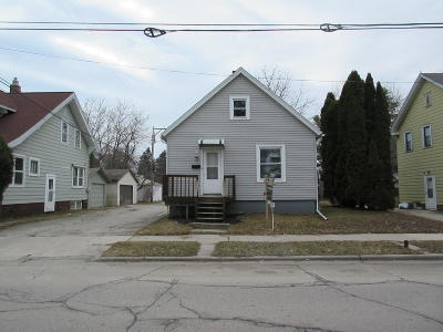 Sheboygan Single Family Home For Sale: 919 Geele Ave