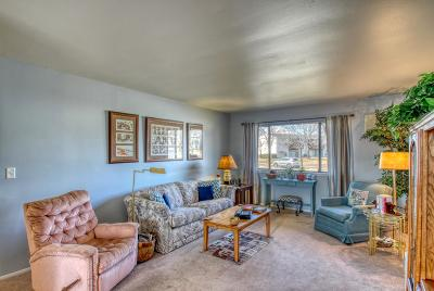Waukesha Condo/Townhouse Active Contingent With Offer: 1891 Haymarket Rd #35