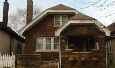 Milwaukee Single Family Home For Sale: 1127 S 28th St