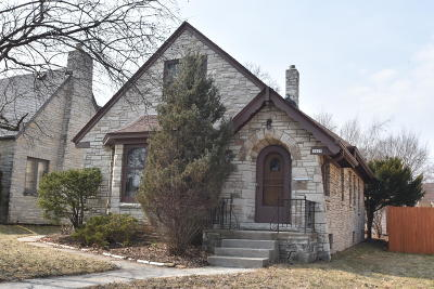 Milwaukee Single Family Home For Sale: 3609 N 49th
